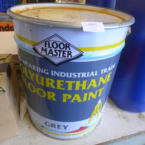2061 - 20ltr Tin of Floormaster polyurethane floor paint - grey * This lot is subject to VAT...