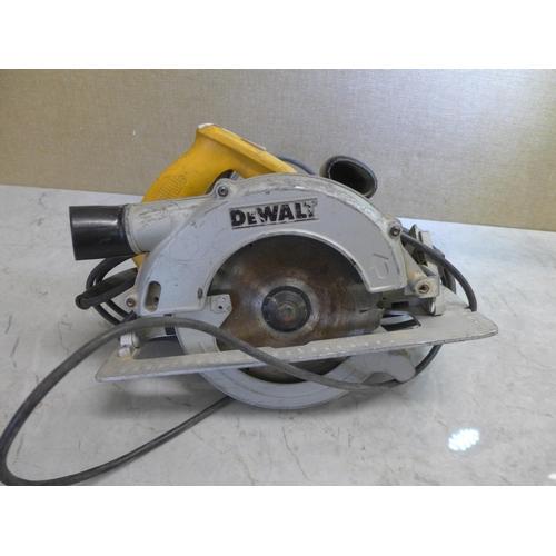 2018 - DeWalt 240v circular saw - W...