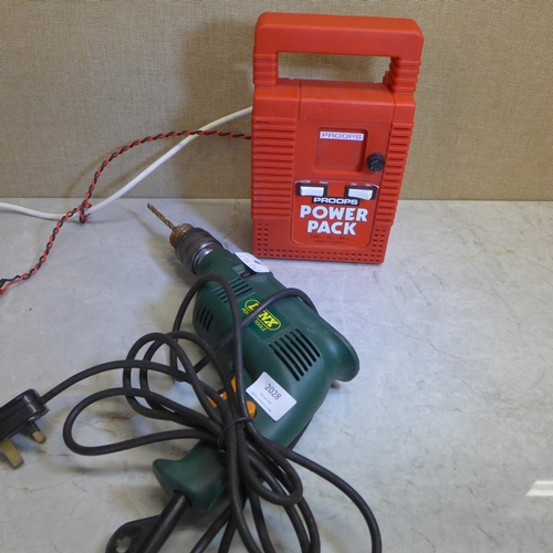 2028 - Lynx 240v drill, Proops power pack - both W...