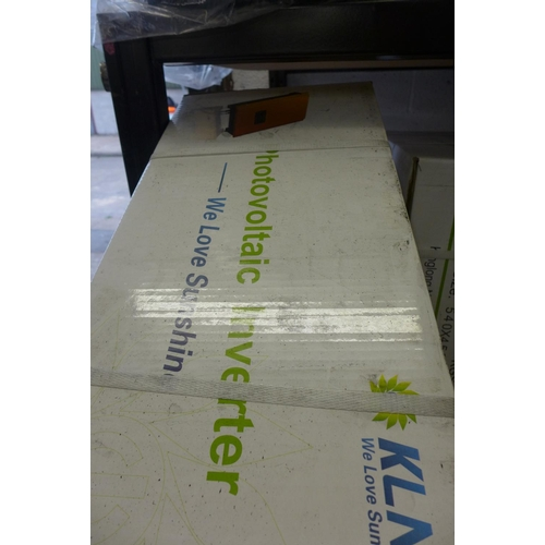 2064 - KLNE Sunteams 3000 photovoltaic inverter - boxed - unused - W * This lot is subject to VAT...