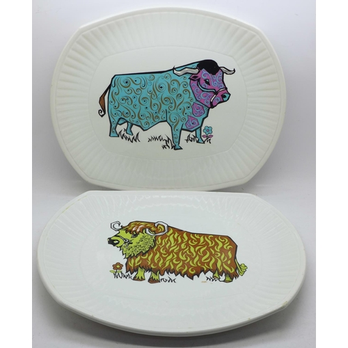 604 - Two Beefeater Steak and Grill Set plates, bull pattern, English Ironstone Pottery Ltd....
