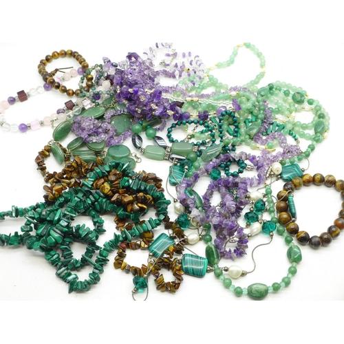 629 - Gemstone jewellery including amethyst and tiger's eye...