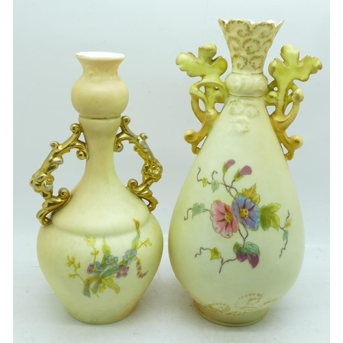 643 - Two German Rudolstadt vases, early 20th Century, tallest 18.5cm...