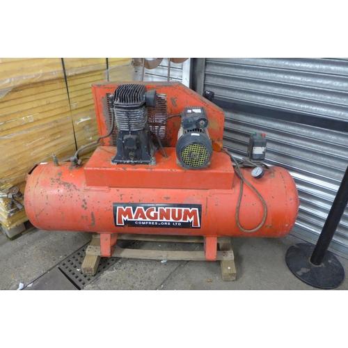 2070 - Magnum 3HP, 2.2KW large 240v Air compressor...