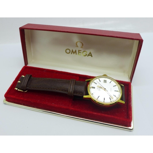 1074 - An Omega automatic wristwatch with box, serviced by Cope in 2016, the case back bears Boots related ...
