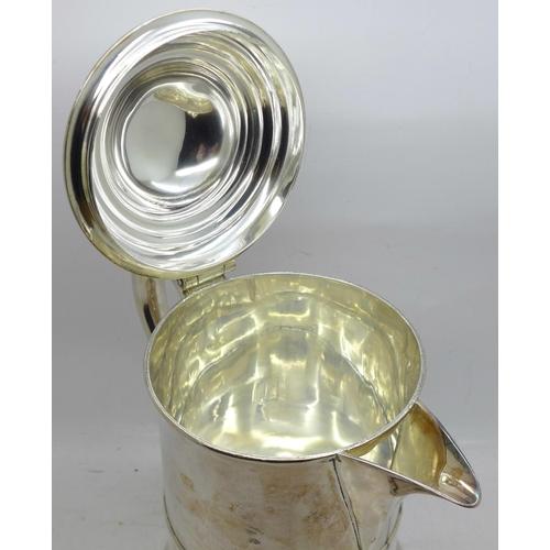 601 - A Victorian silver plated tankard, 19cm...
