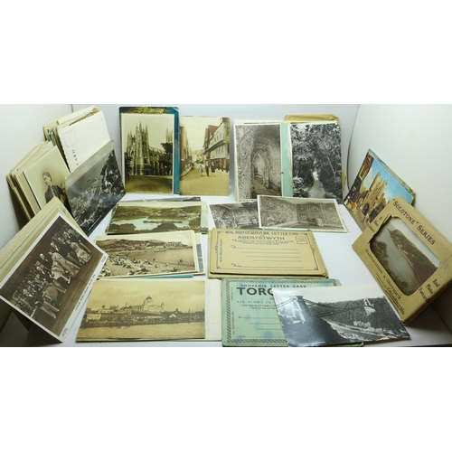 630 - A collection of postcards, early 20th Century...