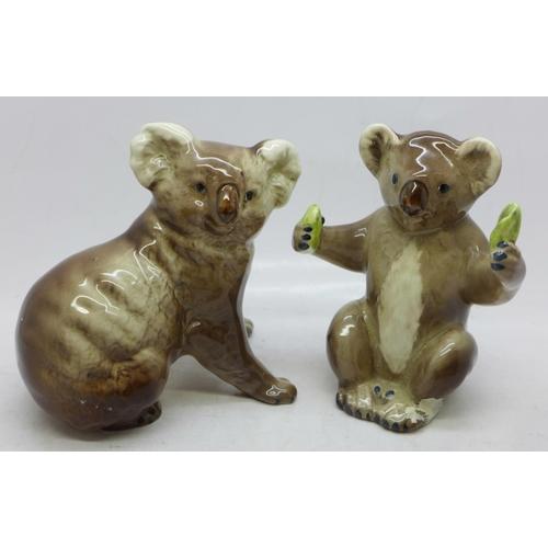 644 - Two Beswick model koalas...