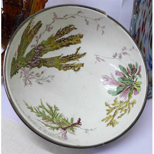 645 - A 19th Century Wedgwood Queen's Ware bowl with plated rim, decorated with lobsters and seaweed, rim ...