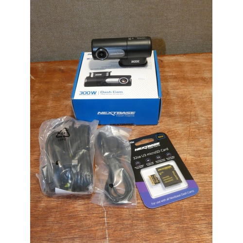 3054 - Nextbase 300W Dash Cam   (207-266)  * This Lot Is Subject To Vat...