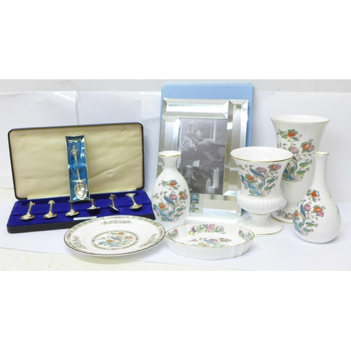 637 - A collection of Wedgwood china, six pieces of 'Kutani Crane', a Wedgwood frame, boxed, a set of silv...