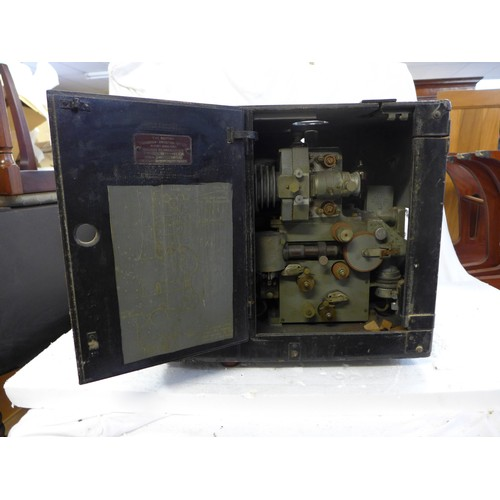 526 - The British Thompson Houston Company Sound Reproducer projector, Model SRB *sold untested...