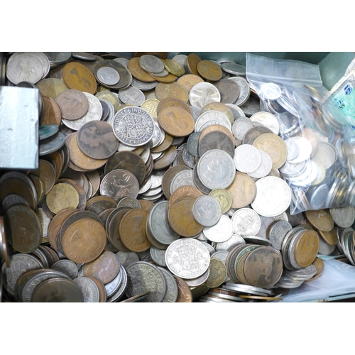 663 - A collection of British coins, (total weight including tin 19kg)...