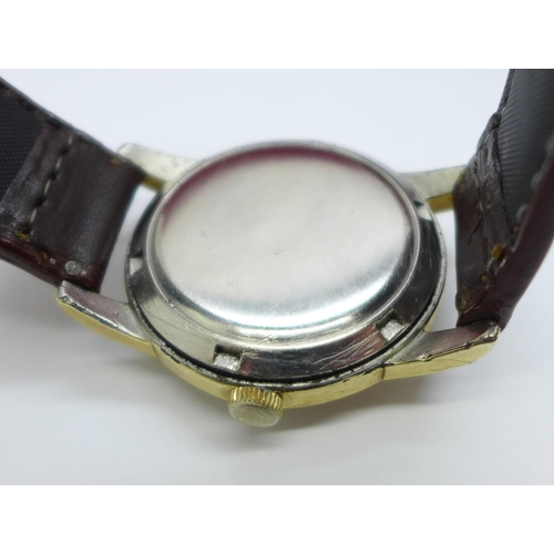 792 - An Omega Seamaster automatic wristwatch, with two boxes...