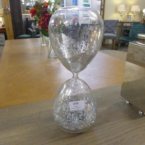 1430 - A large silvered hourglass (19020717 )   #...
