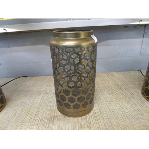 1320 - A gilt honeycomb lantern (2113612) *...