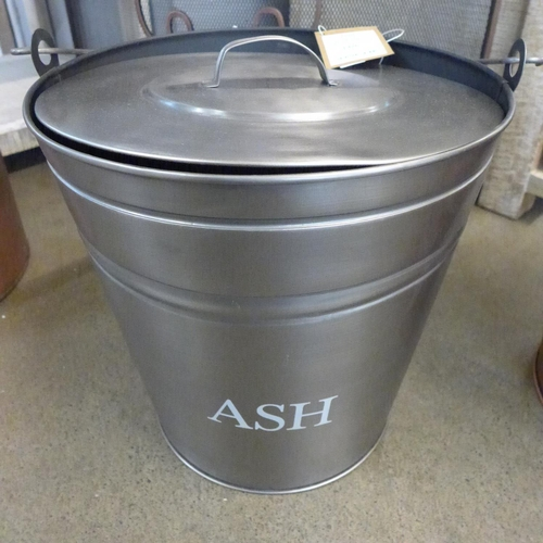 1326 - A pewter finish ash bucket with lid (1753910)   #...