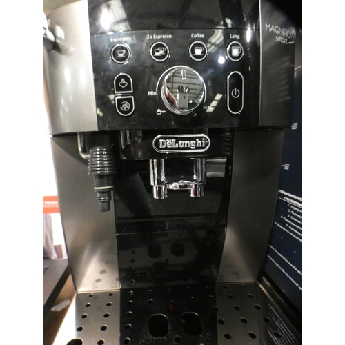 3030 - Delonghi Magnifica S Smart Bean To Cup Coffee Machine, Rrp £299.99 + Vat    (215-533) * This lot is ...