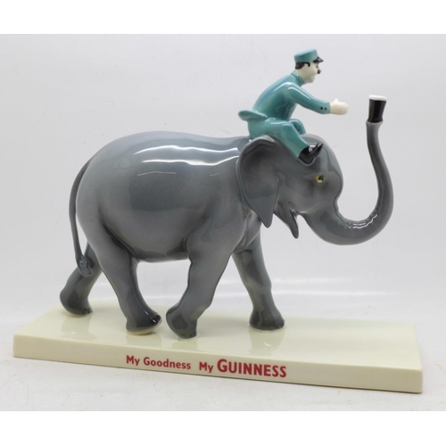 601 - A Coalport Limited Edition Guinness figure, Elephant and Keeper, 788/800, width of base 22cm, boxed...