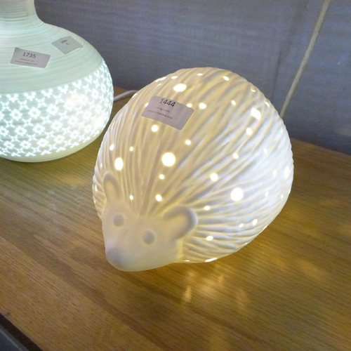 1478 - A white hedgehog lamp (LP01410)   #...