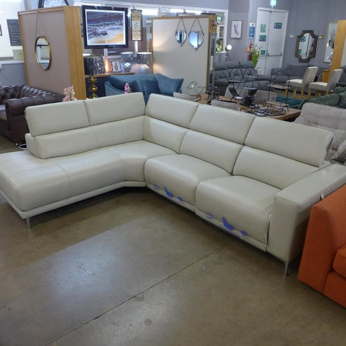 1301 - A 3 piece leather sectional sofa with power head rest (4054-25) RRP £1666.66 + VAT * this lot is sub...