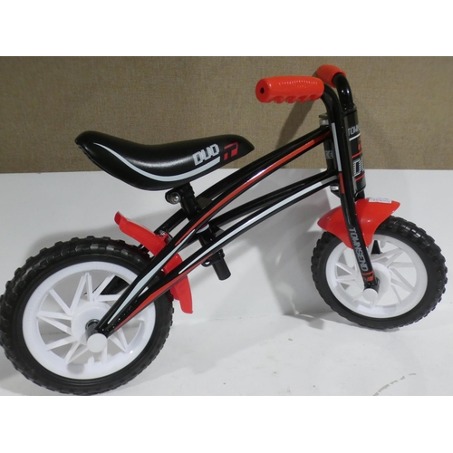 3011 - A black/red Townsend Duo reversible frame balance bike (new/unused)...