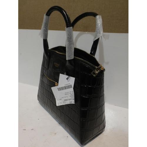 3038 - Osprey Ladies Black Handbag     (220-349) * This lot is subject to VAT...