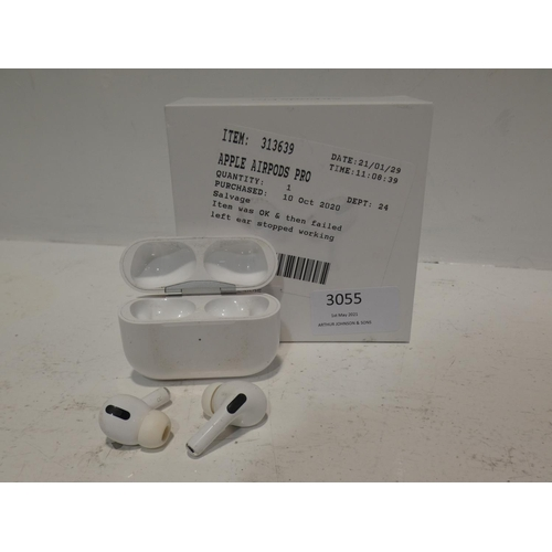 3055 - Pair of Apple Airpods Pro, RRP £189.99 + VAT       (220-97) * This lot is subject to VAT...