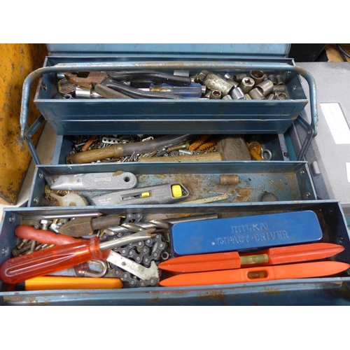 2016 - Blue cantilever toolbox with small quantity of hand tools inc. sockets, Impact Drive kit, drill bit,...
