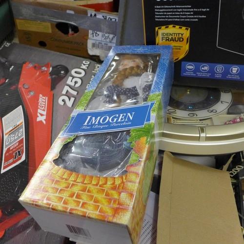 2057 - Tray of household items inc. heater, radio, DVD & Seiko clock...