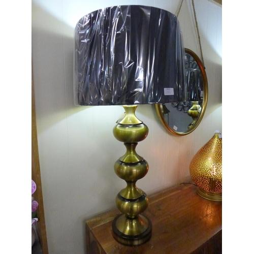 1352 - A Santiago bronze lamp with black velvet shade, height 92cm (2070345)   #