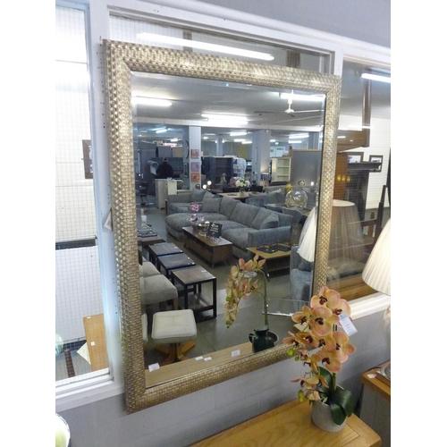 1358 - An Oscar gilt framed wall mirror (2082340)   #