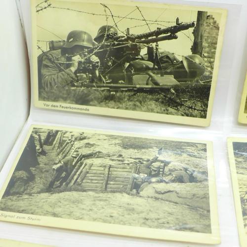 637 - Twelve unused German WWII postcards, Wehrmacht-Bildserie