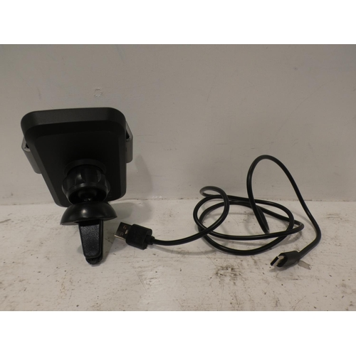 3057 - Wireless Phone Car Charger    (227-62) * This lot is subject to VAT