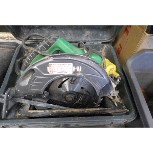 2028 - Hitachi 110v circular saw in case - failed electric test due to damaged cable - sold as scrap only a...
