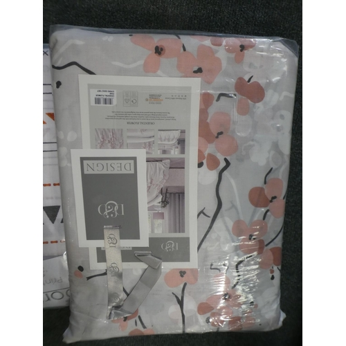 3043 - Superking floral duvet set, superking pink cotton fitted sheet and an Aztec patterned double duvet s...