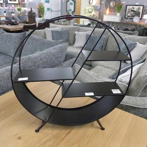 1338 - A Crofton black metal circular freestanding shelf unit, 56 x 50cm (NG719548)   #