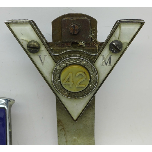 624 - Three car badges, National Association of Retired Police Officers and two others
