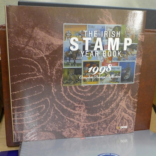 660 - Stamps; a collection of stamp booklets from countries attending the 22nd Universal Postal Union Cong...