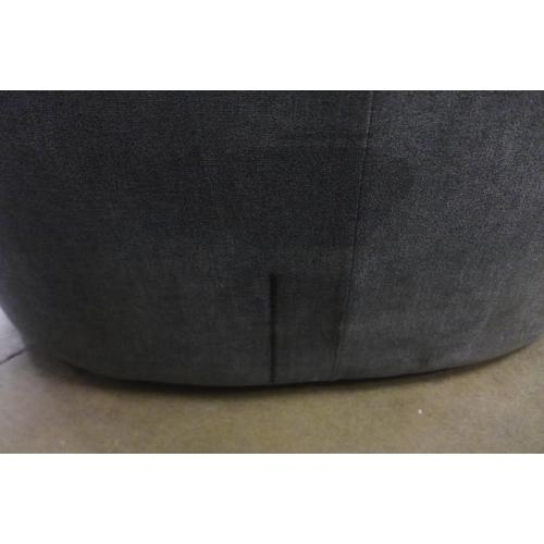 1445 - Fabric Swivel loveseat Fy21 black mark to back    , Rrp £441.66 + Vat              ( 4064-59 )* This...