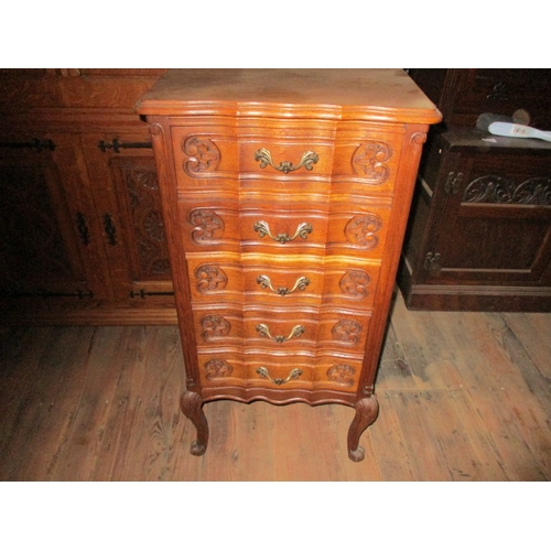 20 - Set of 5 drawer Queen Anne style drawers. 34