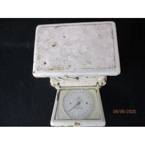 18 - Vintage set of British made Belmont scales....