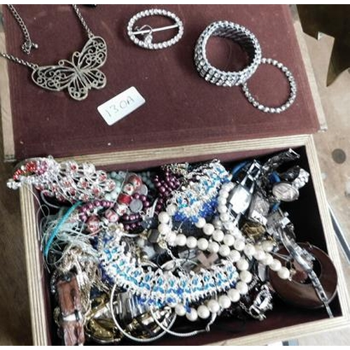 130a - Selection of costume jewellery including watches etc.