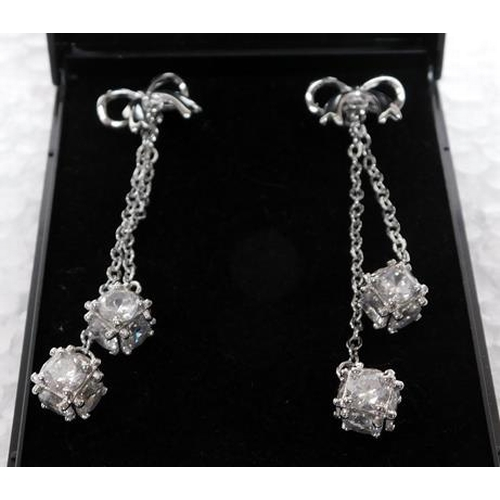 244 - 925 silver earrings - Bow with ball drops