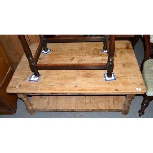 7 - Pine coffee table...