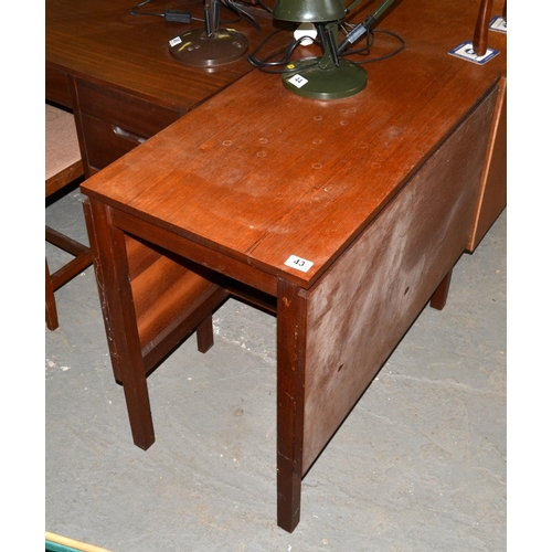 43 - Retro dining table...