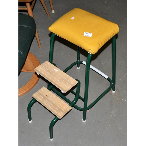 11 - Retro kitchen step stool...