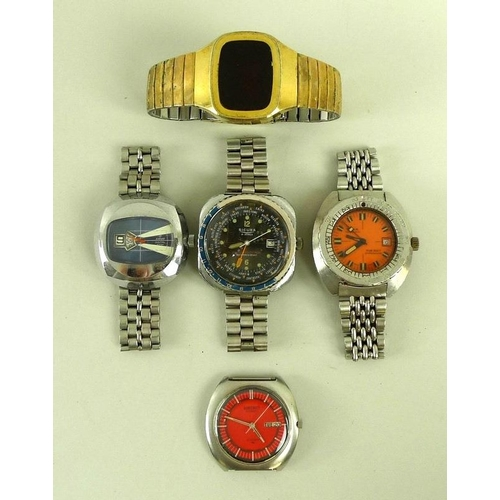 830 - A collection of gentleman's wristwatches, including a Seiko automatic, the red dial with day and dat...
