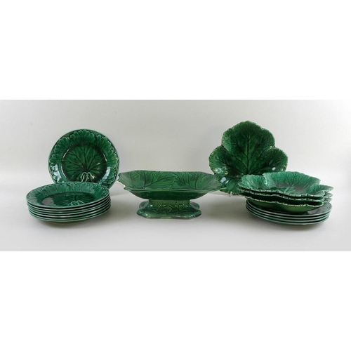528 - A group of Wedgwood cabbage leaf pattern ceramics, comprising twelve plates, four fruit dishes, and ...