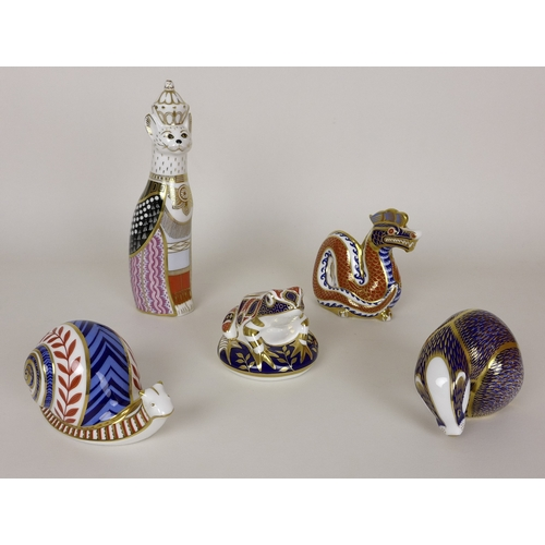 17 - A group of Royal Crown Derby animal paperweights, comprising a Burmese Cat from the Royal Cats Colle...